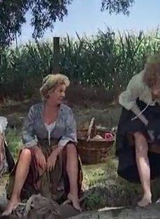 Köyün Dul Kadınlarını Hamile Bırakan Genç Adam
