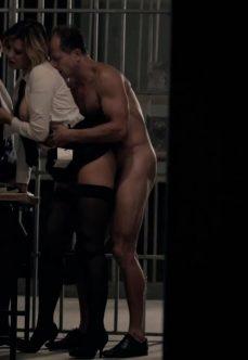 2 Ateşli Kadın 1 Erkek Ayak Üstü Sex Filmi izle